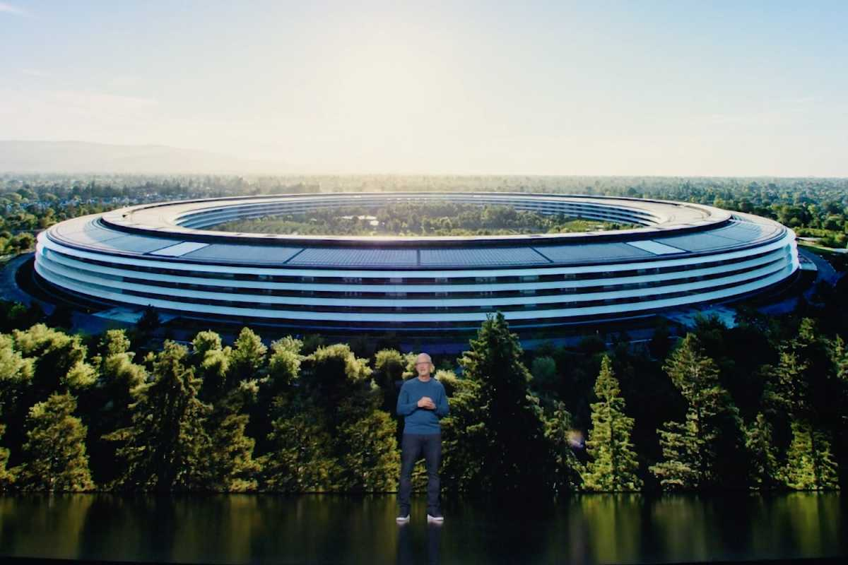 apple park tim cook 2021
