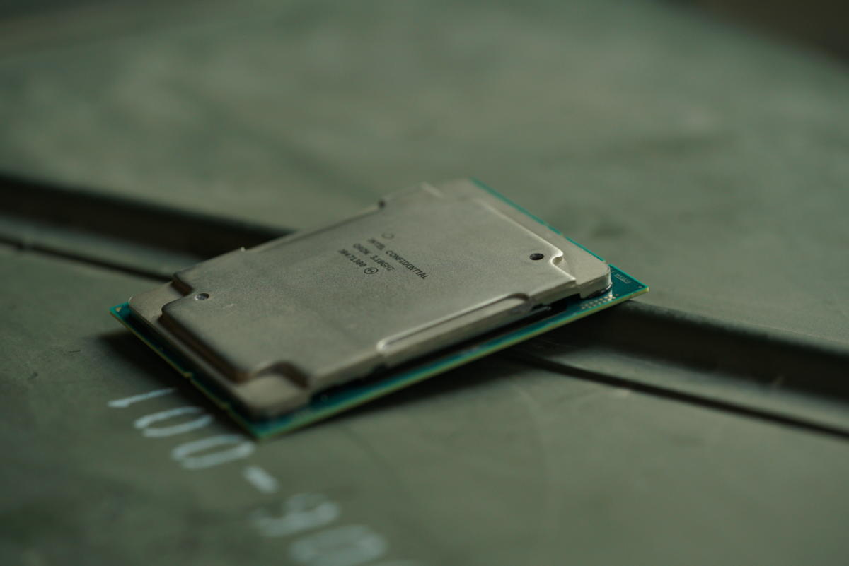 2019 Xeon chip on a flat surface