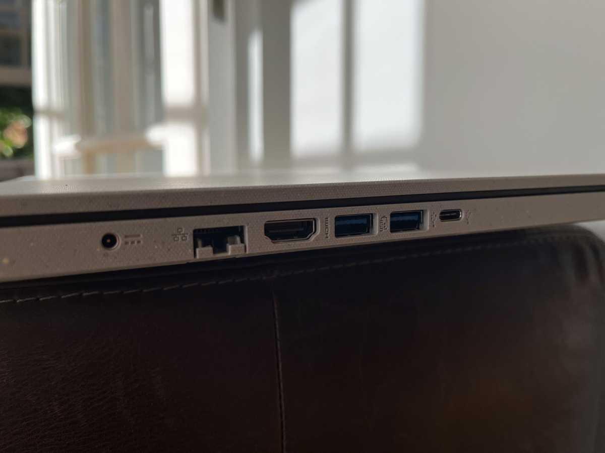 Acer Aspire Vero left ports